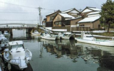 2敦賀港運河.png