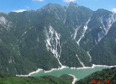 黒部湖と立山4.PNG