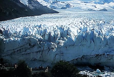 セントモレノ氷河.2.png